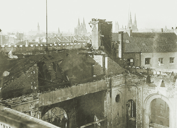 <p><br> <p>Photo: USHMM, Courtesy of Stadtarchiv Aachen View of the old synagogue in Aachen, Germany, after its destruction on Kristallnacht. ­Photo taken Nov. 10, 1938.</p> <p><br></p>